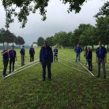 Ekipa za postavljanje šatora